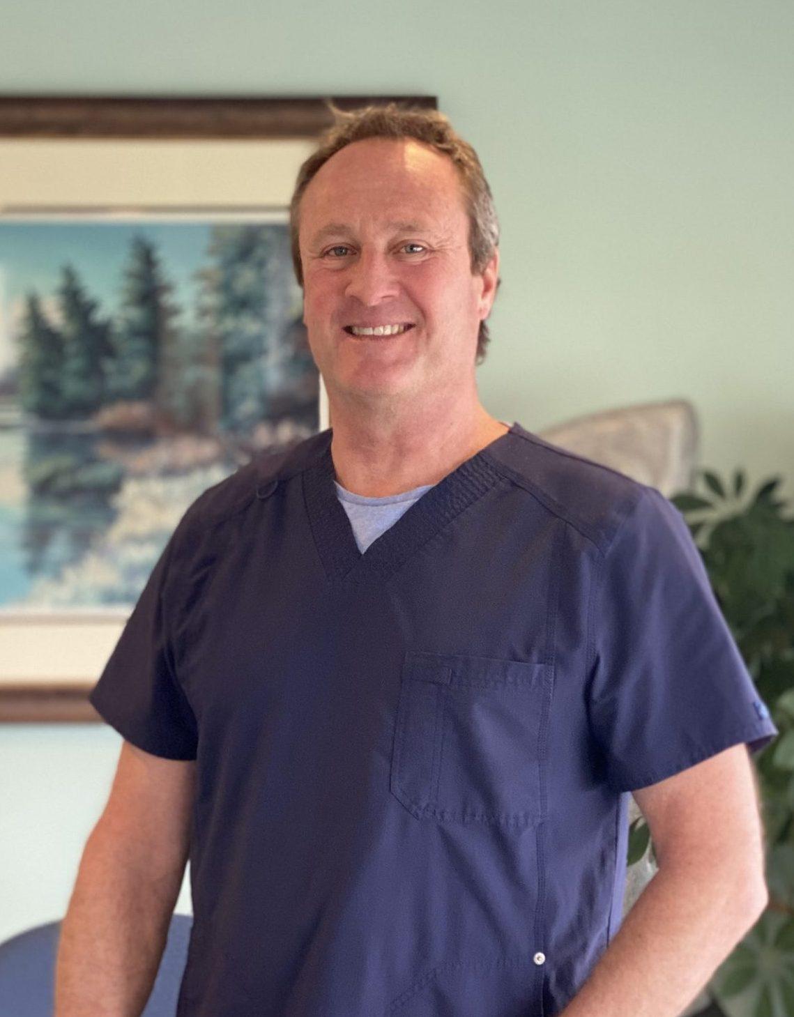 Local Chiropractor Dr. Tom Collins Lake Villa and Lindenhurst